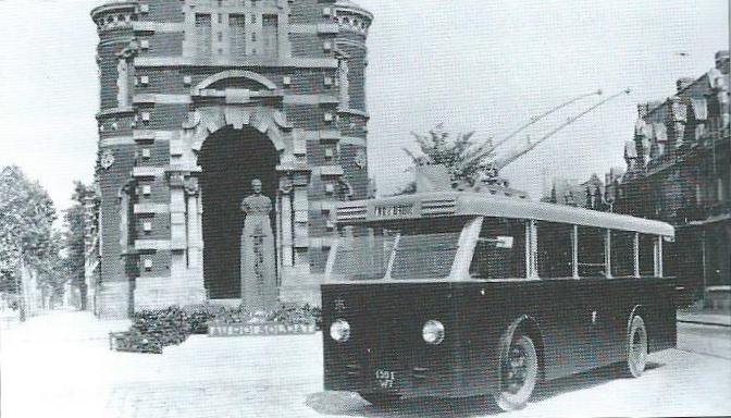 Vůz typu CS 60 se zadní otevřenou plošinou. (foto: VETRA / archiv G. Mullera)