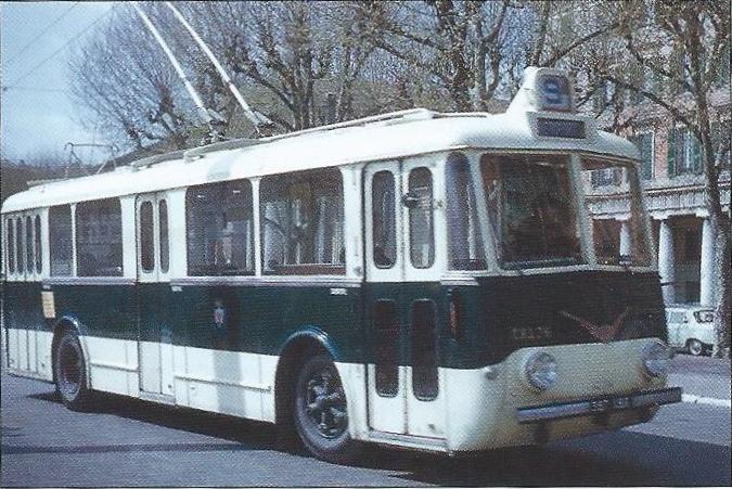 Niceský vůz typu VBBh ev. č. 76. (foto: Jean-Henri Manara)