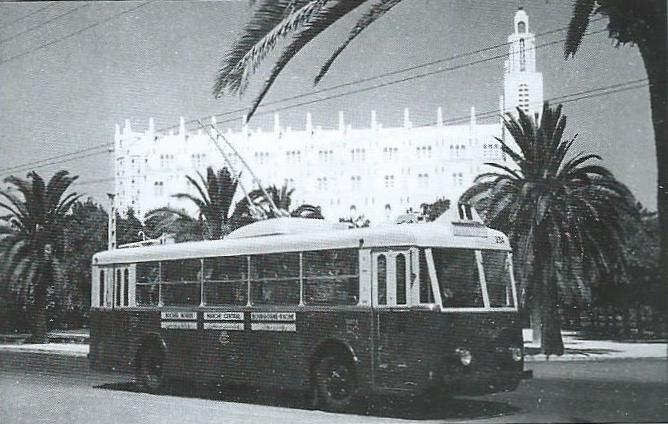 Vozy typu VBRh pro Casablancu. Na rozdíl od standardní verze měly jen dvoje dveře. (foto: VETRA / archiv G. Mullera)
