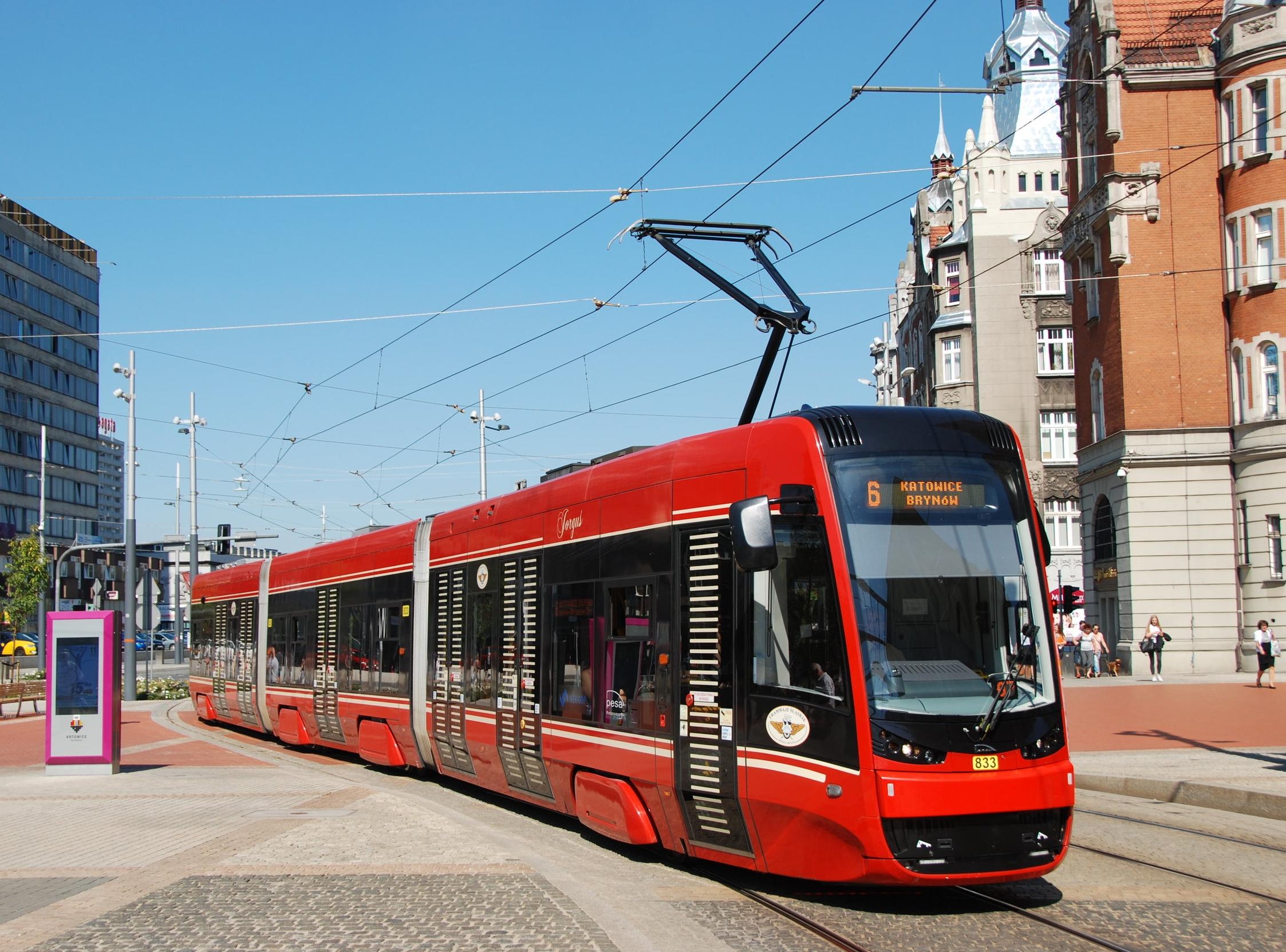 PESA dodala do katovické aglomerace již 30 vozů Pesa Twist Step (2012N). Nové tramvaje by měly z tohoto konceptu vycházet.(foto: Libor Hinčica)