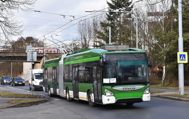 Prototyp trolejbusu Škoda 35 Tr během zkoušek v Plzni. (foto: Zdeněk Kresa)