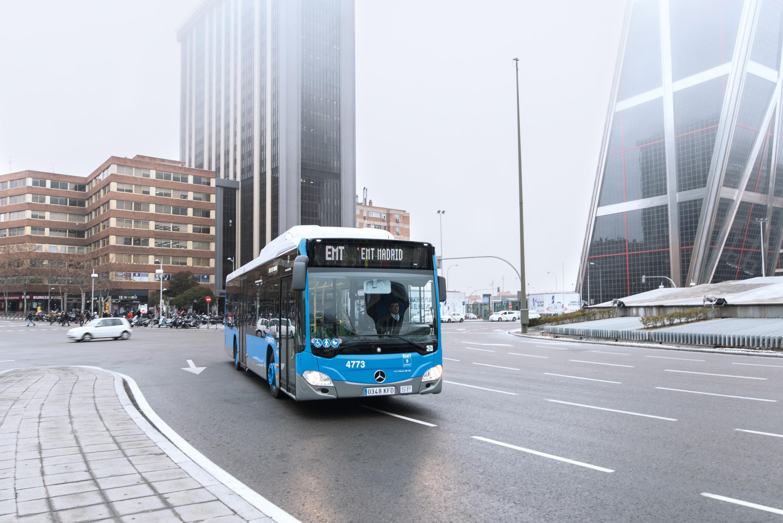 Autobus Mercedes-Benz Citaro NGT v Madridu. (foto: EvoBus)