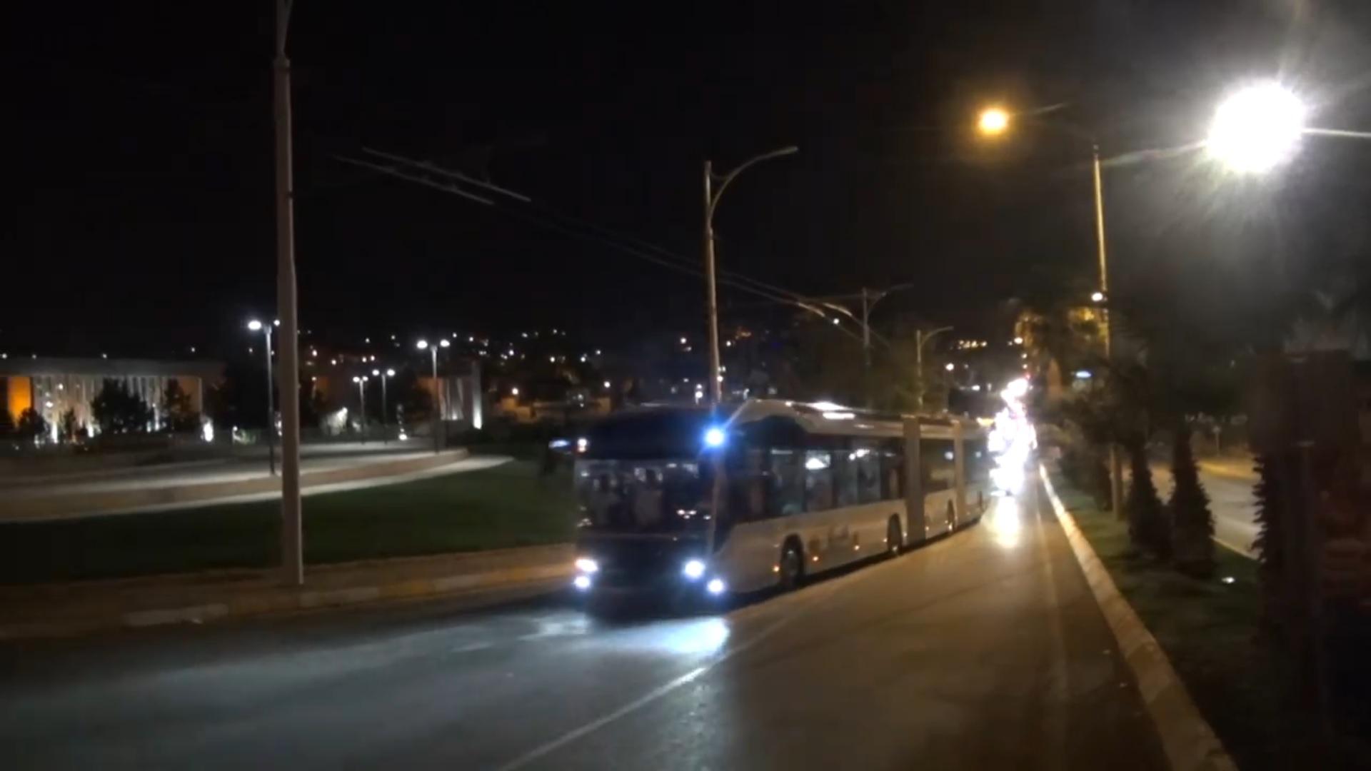 Trolejbus během zkušební jízdy v říjnu 2018- (zdroj: youtube.com).