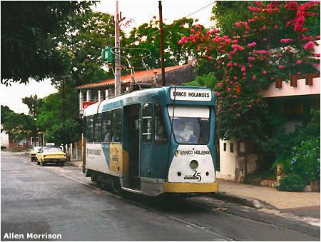 Na konečné v Las Mercedes roku 1994. (foto: Allen Morrison)
