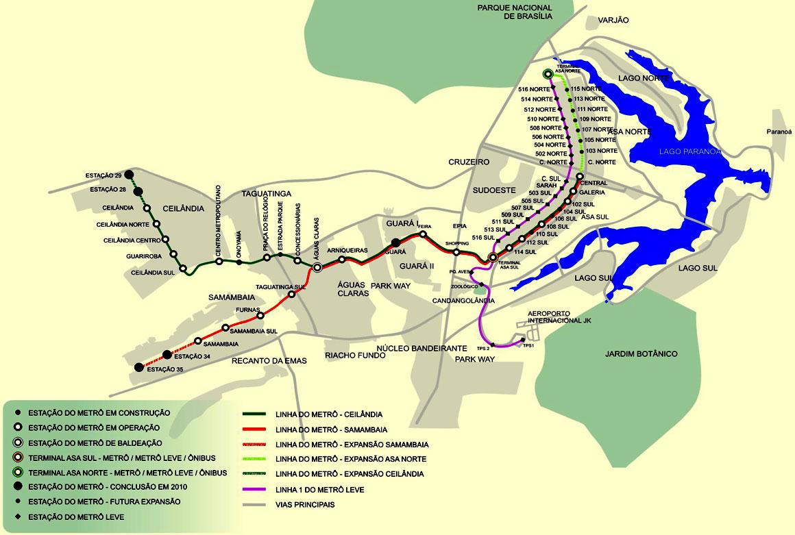 Plán sítě s navrhovanými prodlouženími metra a vytvořenou linkou lehkého metra vyznačenou fialově. (zdroj: brasilia.jor.br)