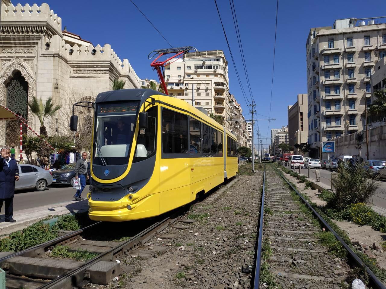Oproti zkouškám v Dněpru se nová tramvaj pyšní jiným barevným schématem. (foto: Tatra-Jug)