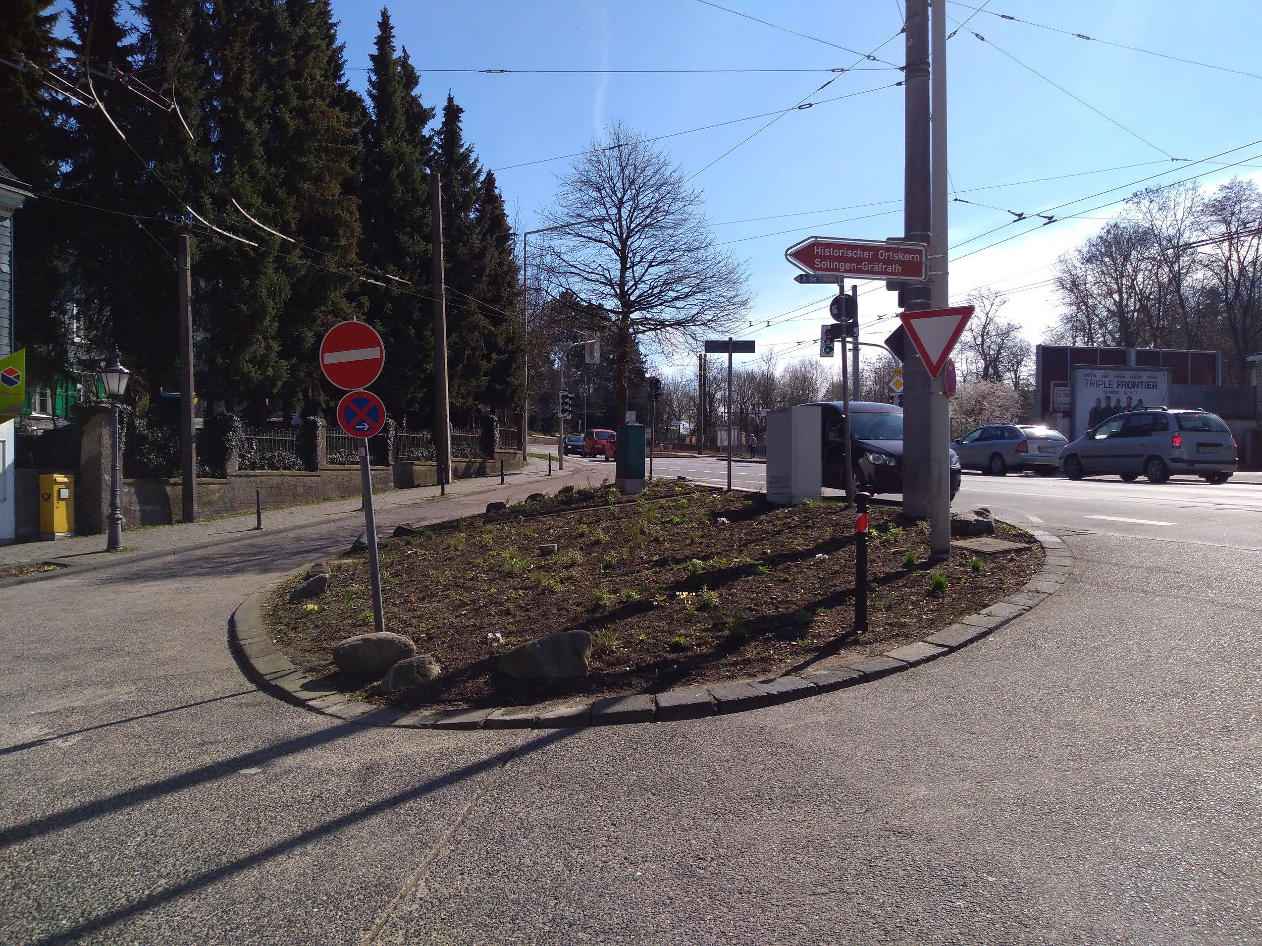 Smyčka Gräfrath, v běžném provozu nevyužívaná.