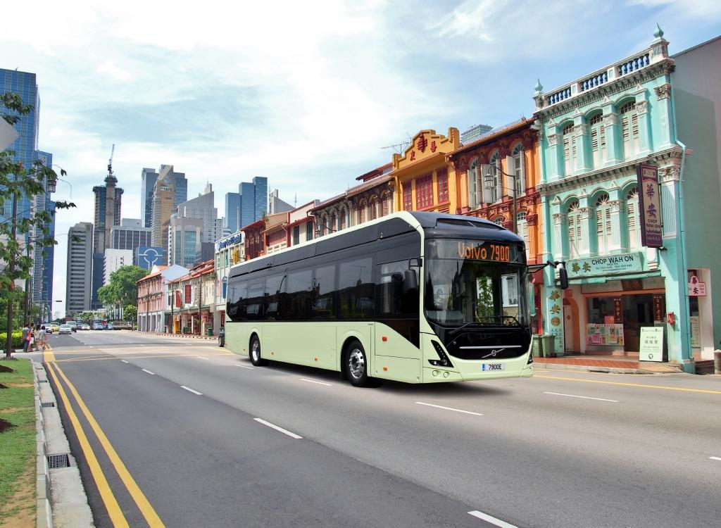 Elektrobus Volvo v levostranném provedení. (foto: Volvo Buses)