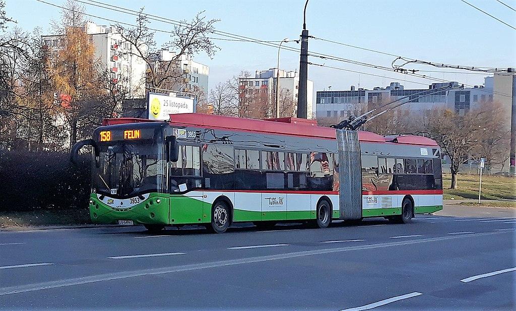Kloubový Ursus v Lublinu na snímku z roku 2018. (zdroj: Wikiwand.com)