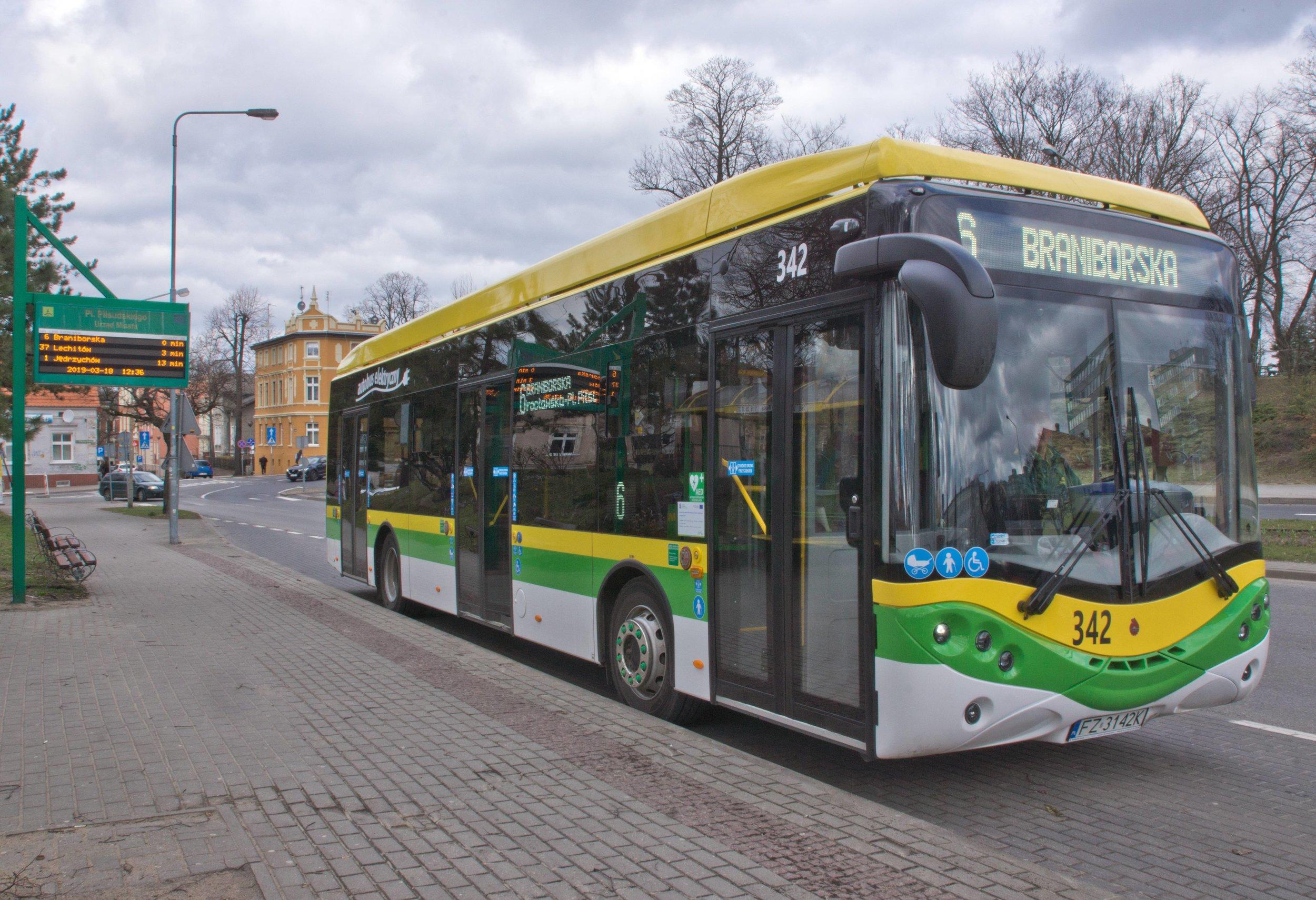 Elektrobus od Ursusu v Zieloné Góře. (zdroj: Wikipedia.org)
