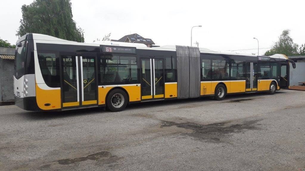 Autobus má na délku 18,75 m. (foto: DPB)