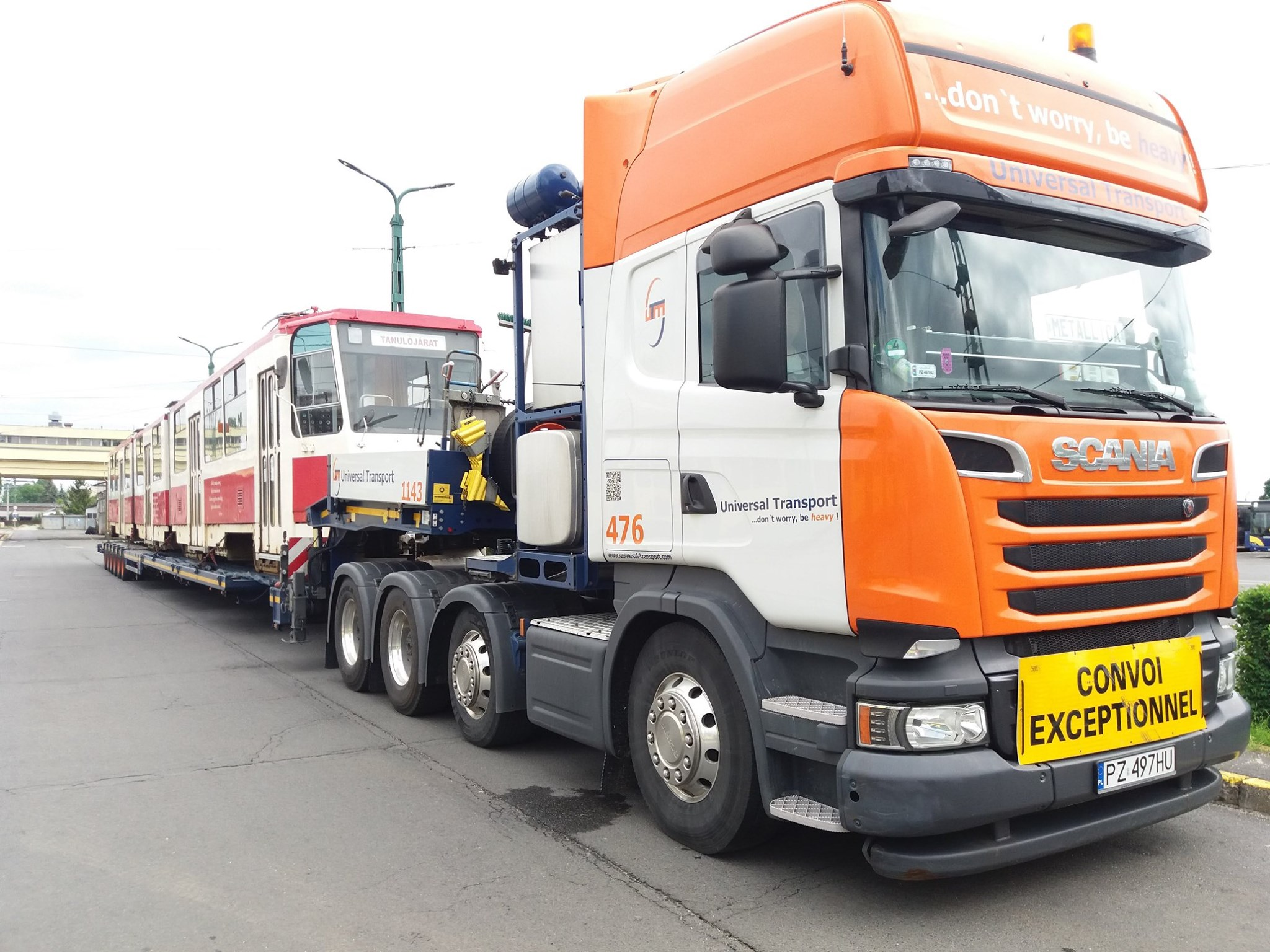 Transport vozidla zajišťuje společnost Universal Transport. (foto: MVK Zrt.)