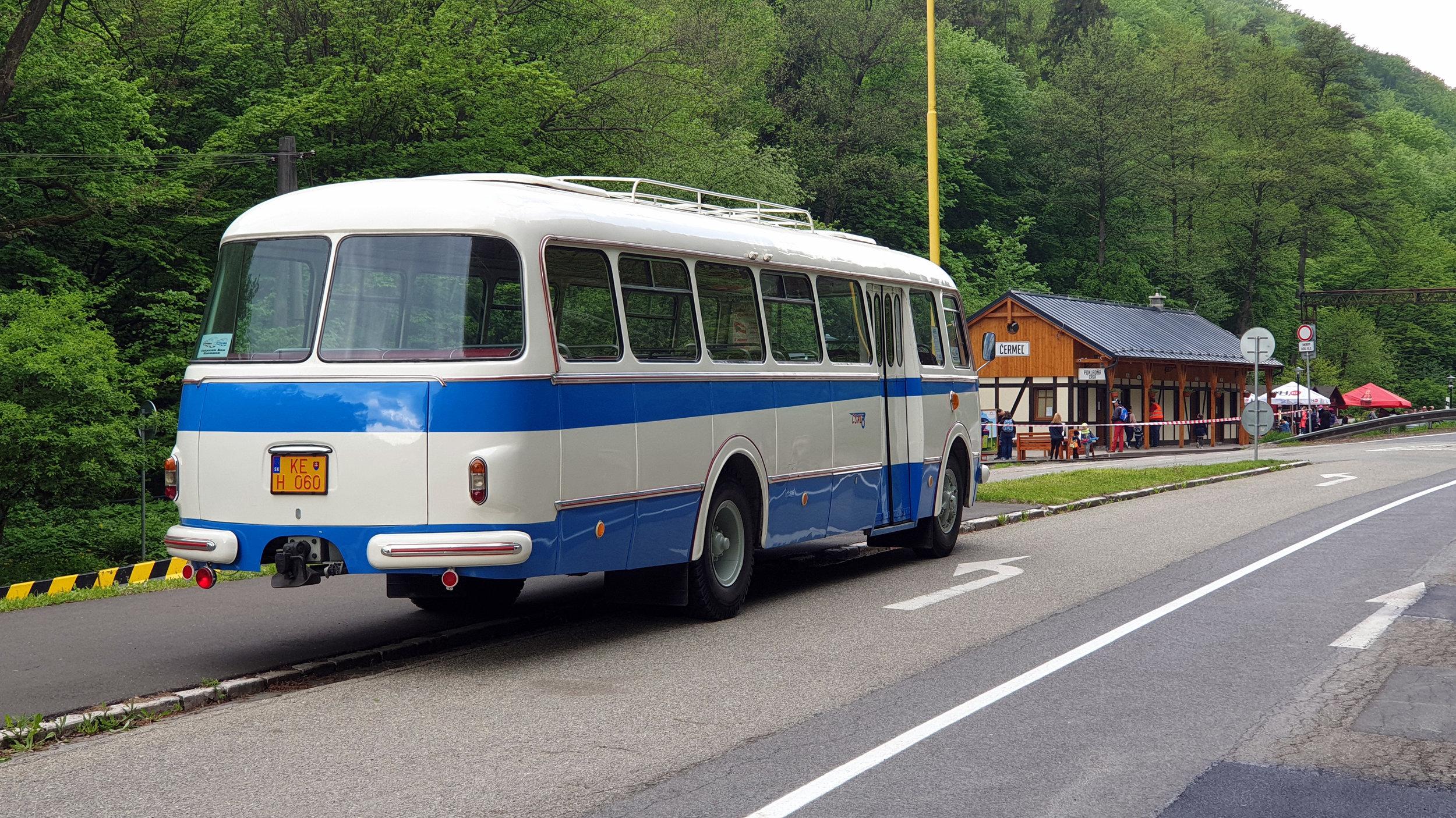 V Košicích jezdilo ve službách DPMK celkem 36 vozů RTO v linkovém provedení CAR. (foto: Martin Schwarz)