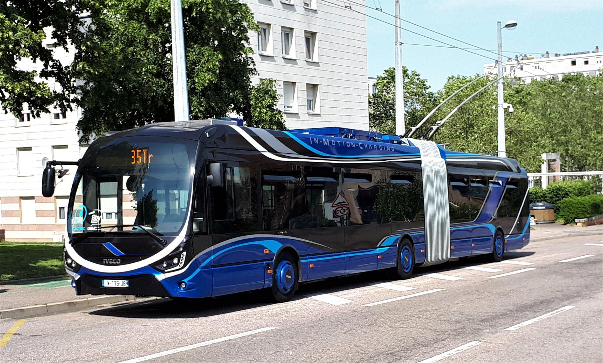 Trolejbus Škoda 35 Tr/Iveco Crealis během zkoušek v Nancy. (foto: Iveco Bus)