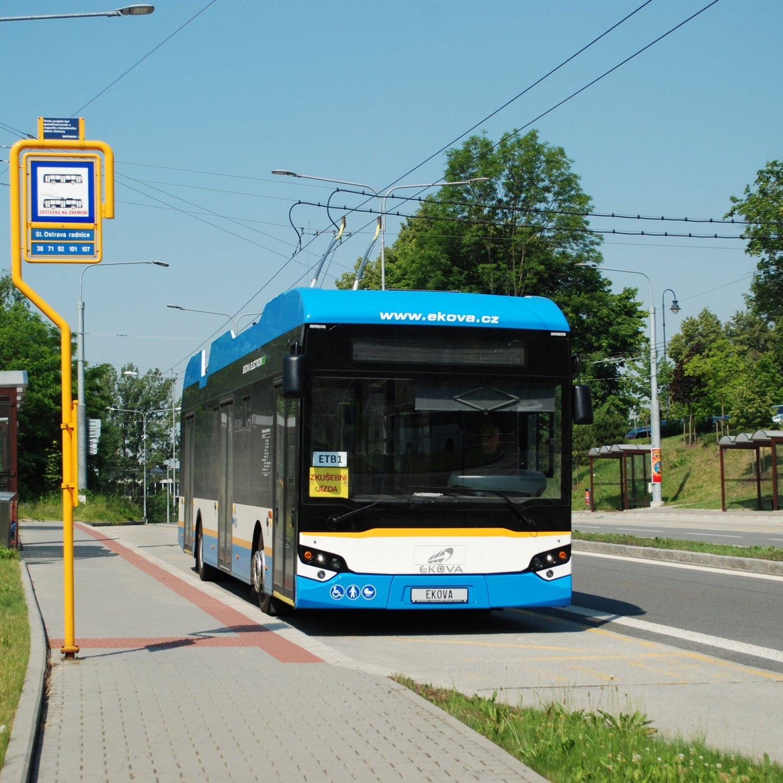 Trolejbus Ekova Electron 12T během zkoušek v Ostravě. (foto: Libor Hinčica)