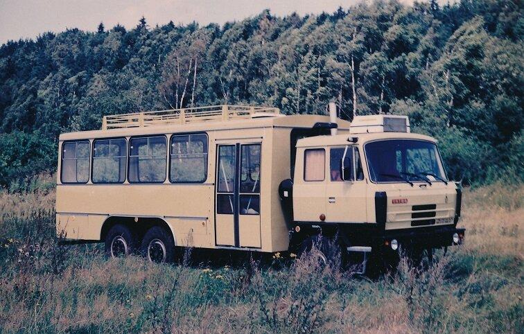 Tatrabus s nástavbou pro přepravu osob odvozenou z trolejbusu 14 Tr. (sbírka: Libor Hinčica)