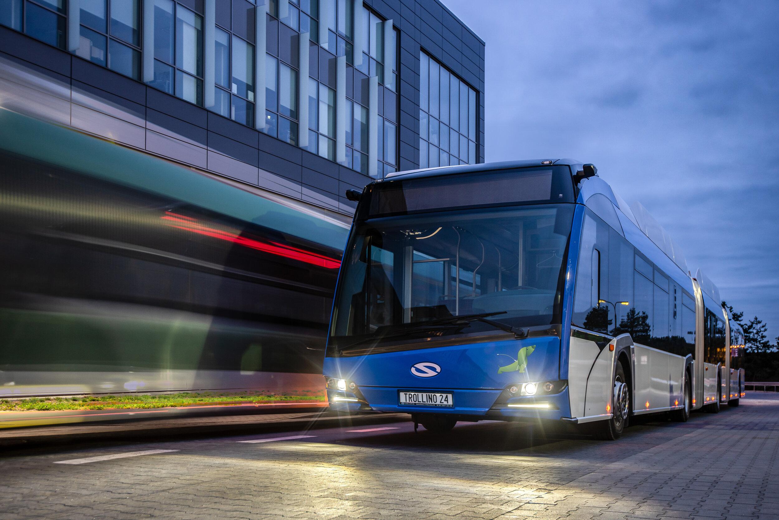 Nový MetroStyle od Solarisu na prototypu vozu Trollino 24. (foto: Solaris Bus & Coach)
