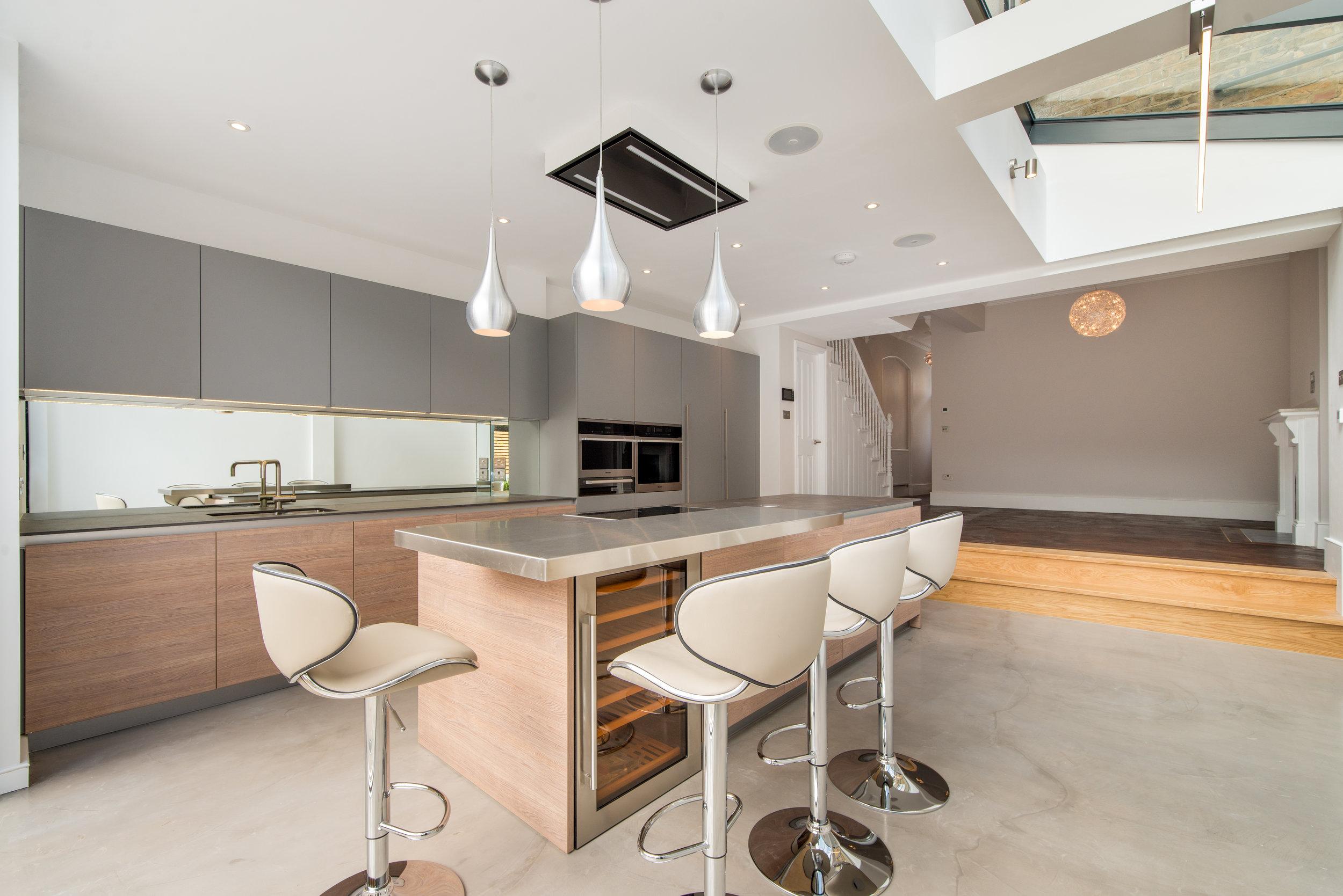 Kitchen KR002.jpg
