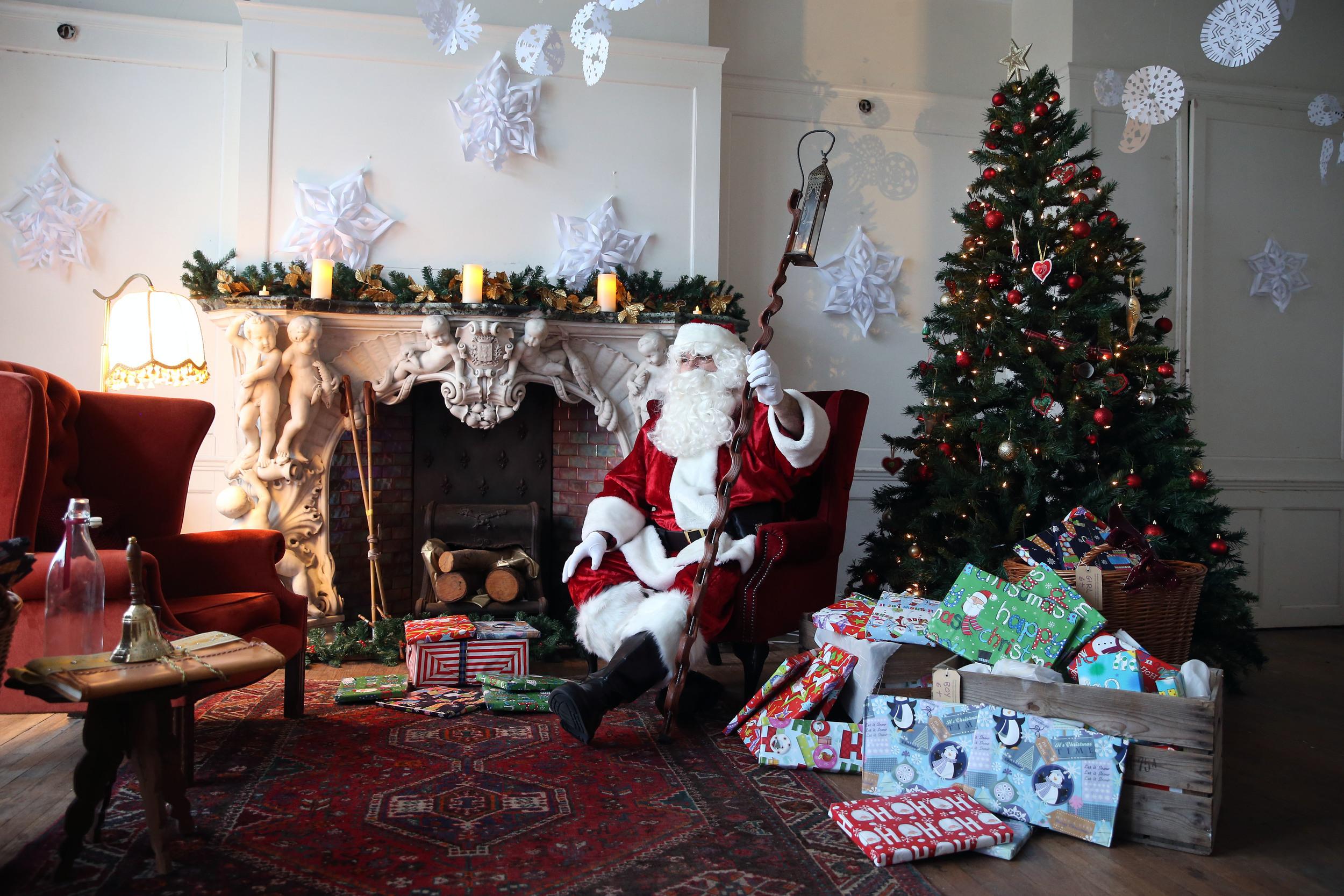 17.12.14 Christmas at Duffryn House 1.JPG