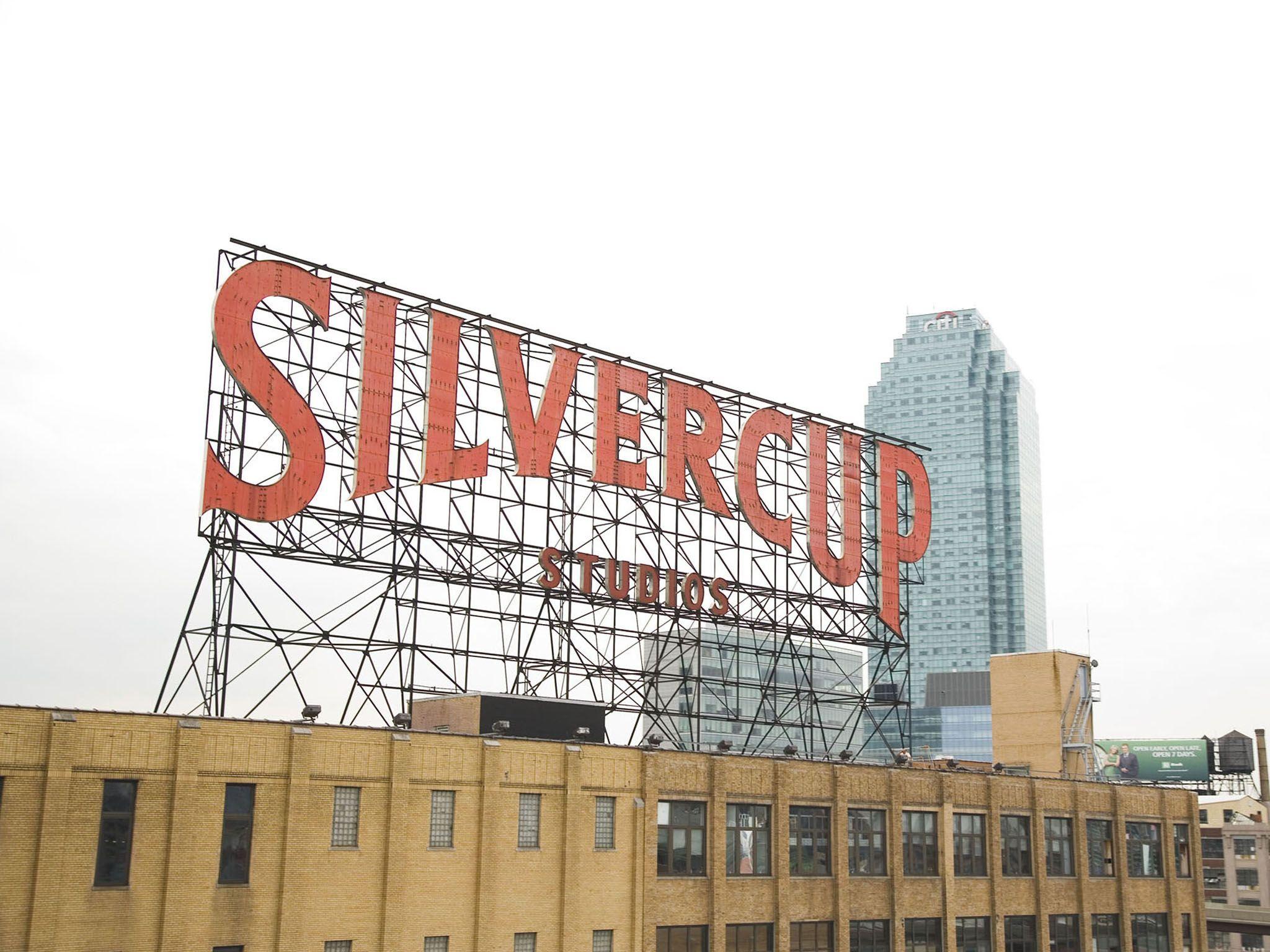 Silvercup Studios Sign