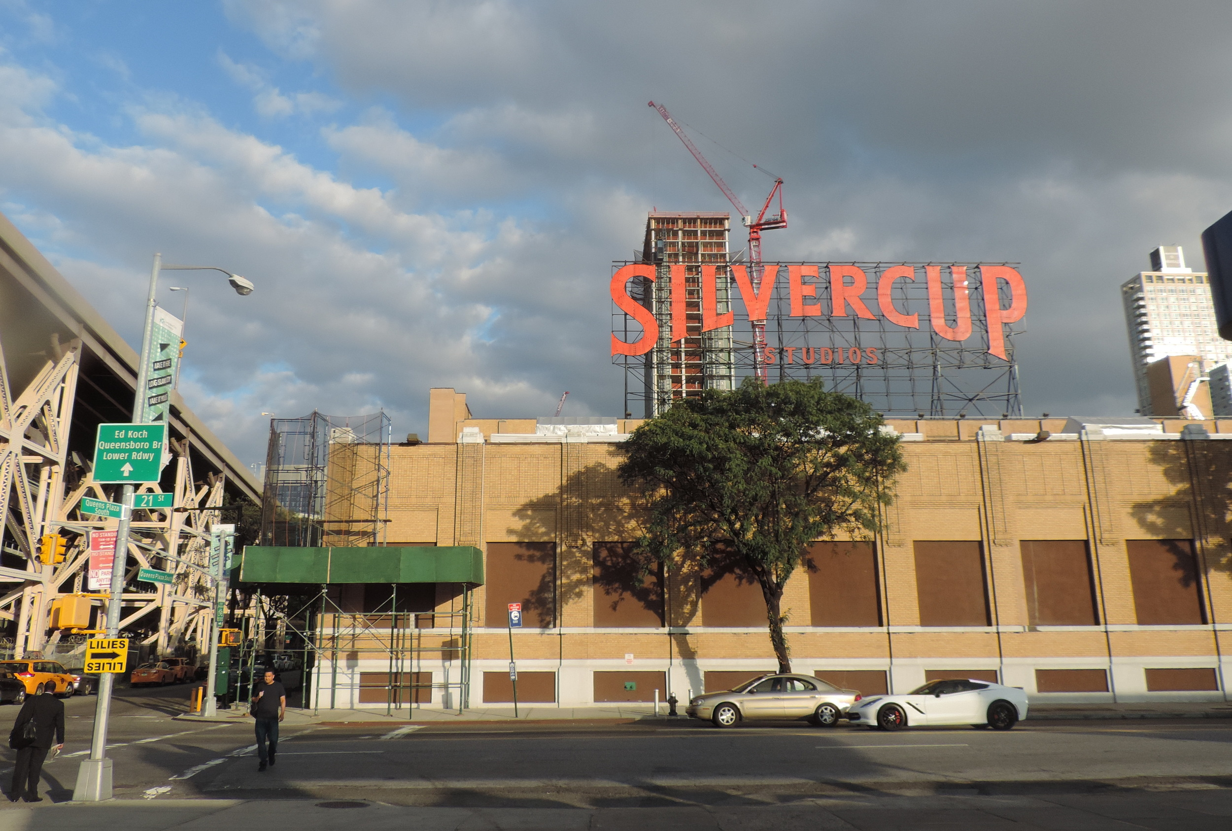 Silvercup Studios view from 21st street