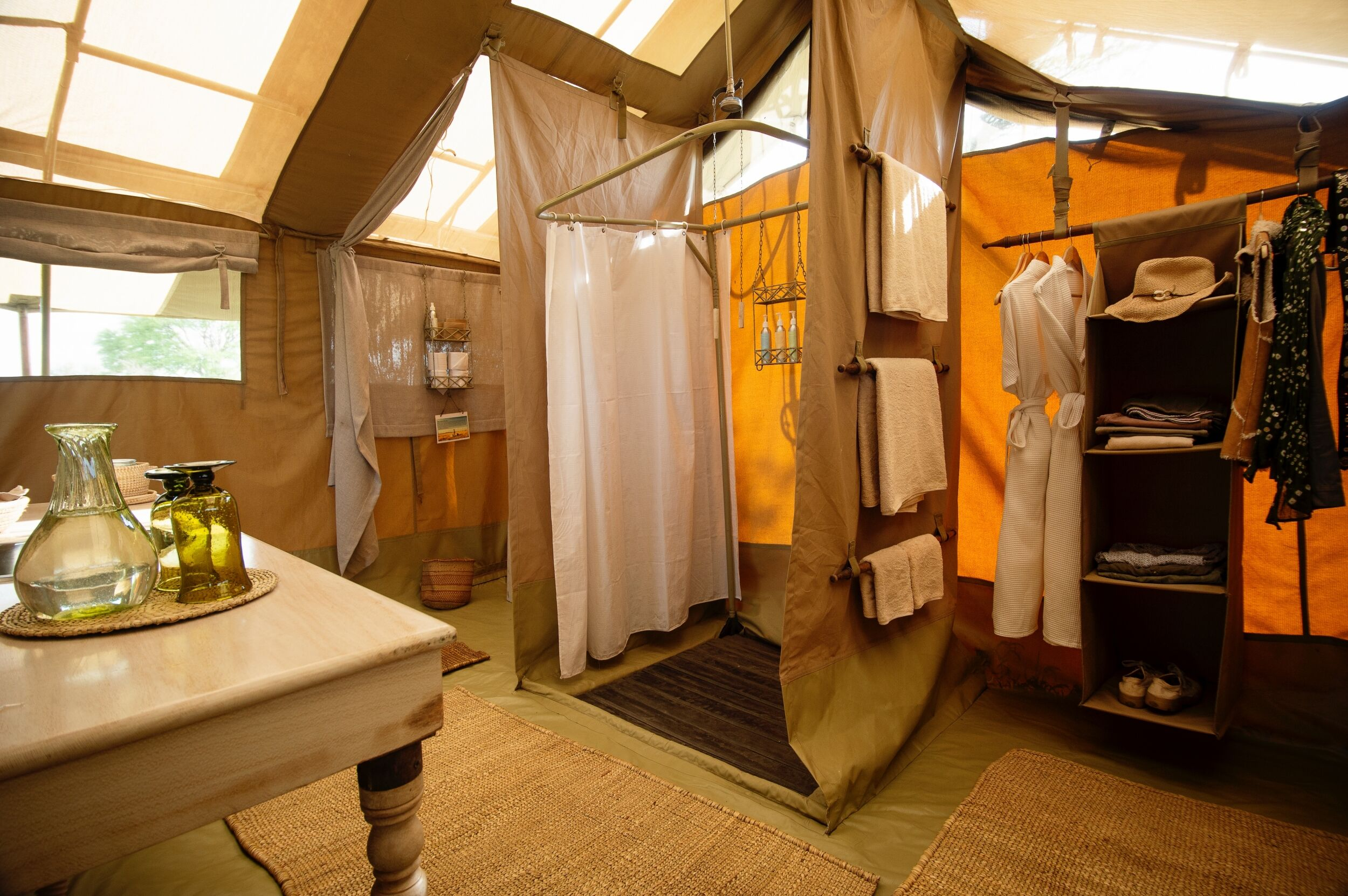 Serengeti_Safari_Camp_Bathroom.jpeg