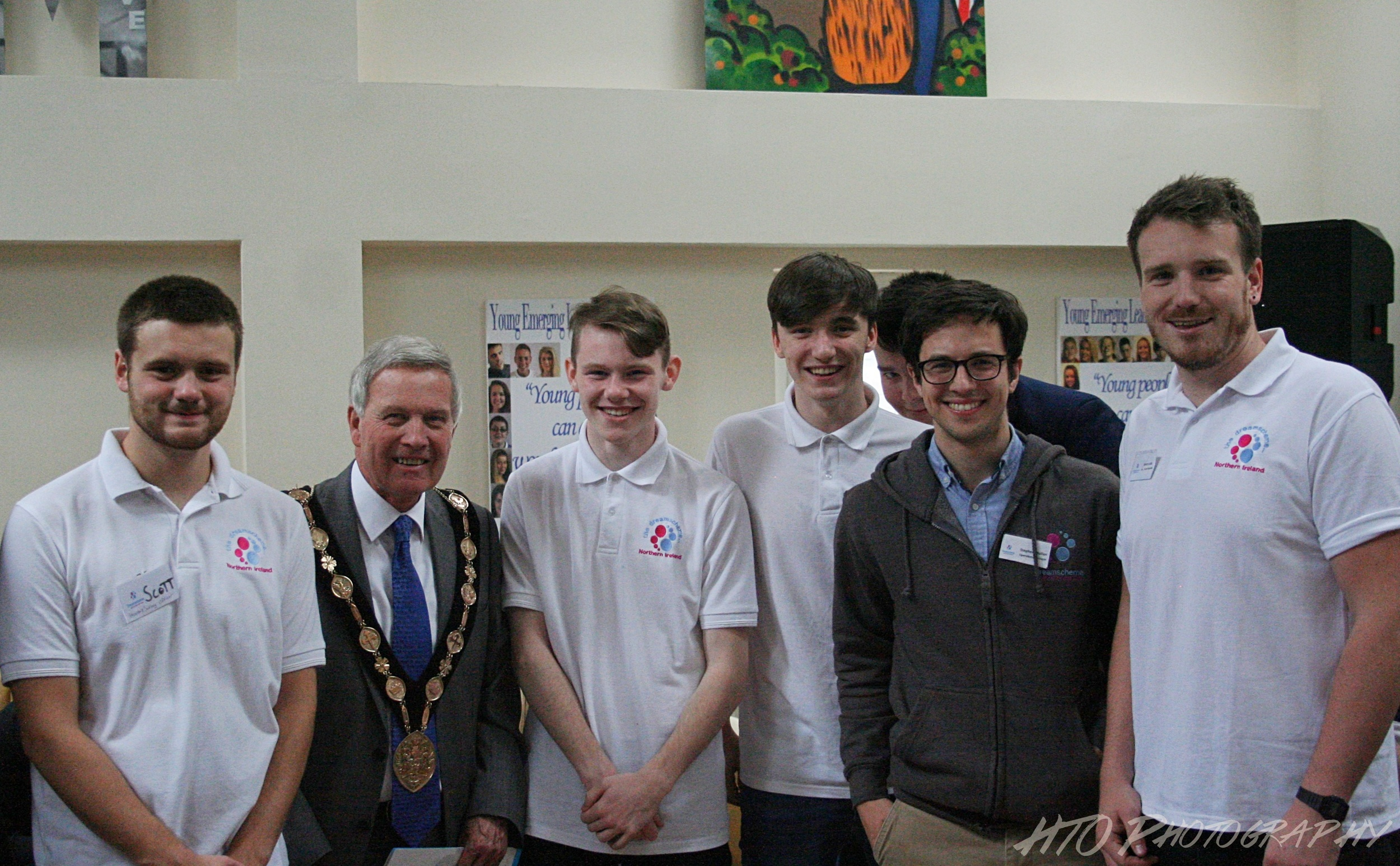 Mayor of Lisburn & Castlereagh City Council, Councillor Brian Bloomfield with Dreamscheme staff and young people