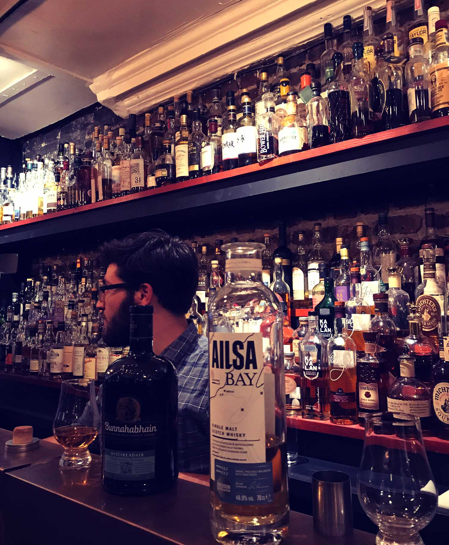 whisky-bar.jpg
