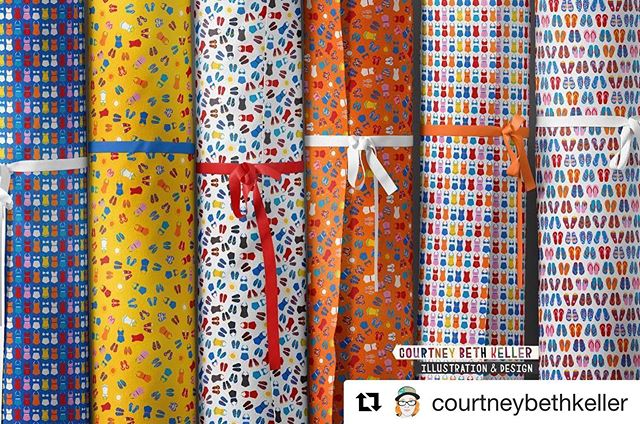 #Repost @courtneybethkeller with @get_repost ・・・ New collection I'm building out for my @spoonflower shop, inspired by their recent Summer Small Scale challenge. ☀️🏊‍♀️🏝😊 #spoonflower #patterndesign #printandpattern #licensingartist #fabricdesign #flipflops #tinypattern #micro #summer #swimsuits #ditsy #limitedpalette #olpsli #olpstw #onelittleprintshop @spoonflower #finchandfoxglovefb  #retroswimsuit #retrosummer #retrodesign @finchandfoxglove