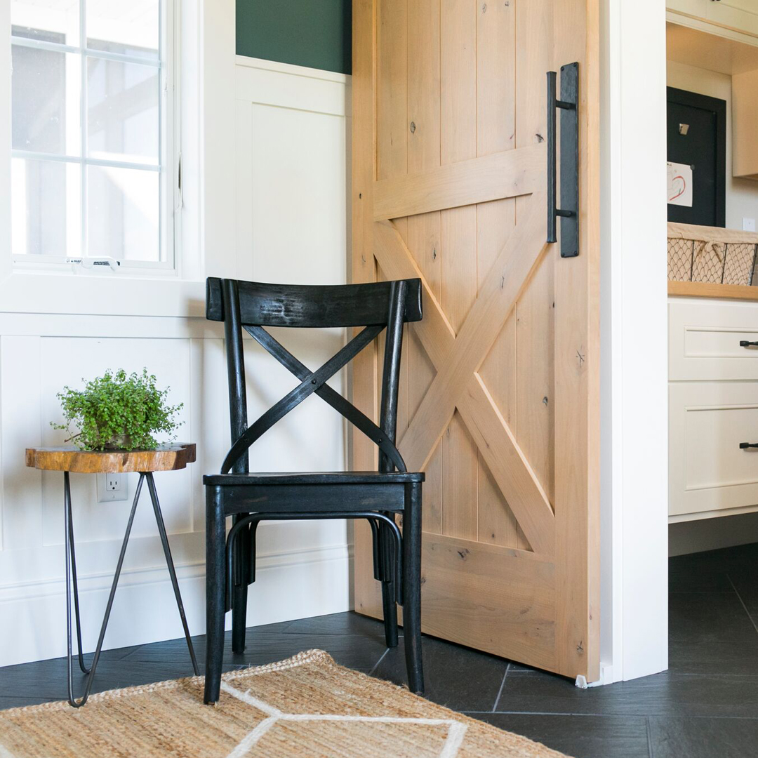 MUDROOM - FARMHOUSE STYLE