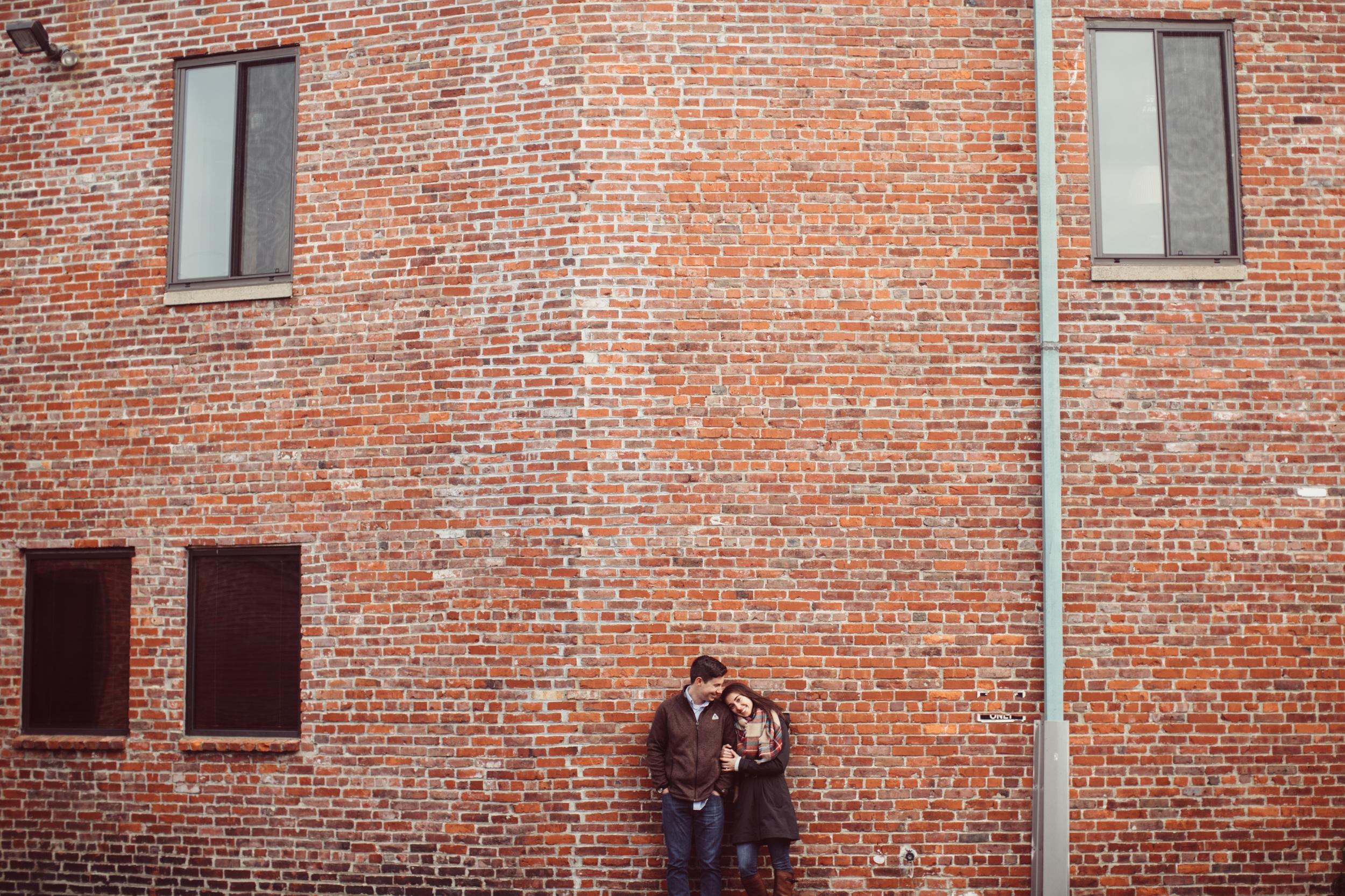 2015_Moriah_Brian_Sneak_Peak_Engagement-8619.jpg
