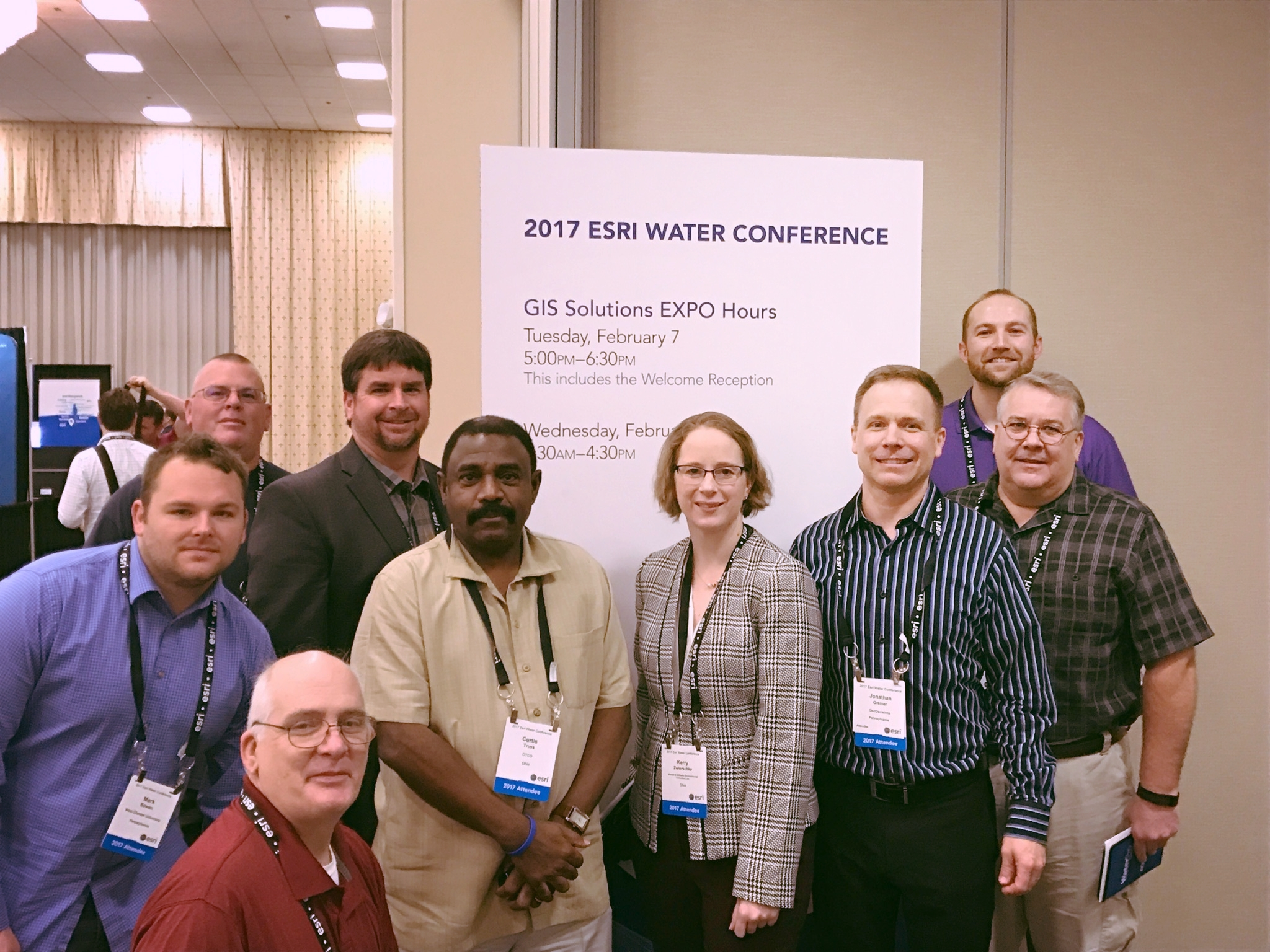 Pictured: Jonathan Greiner, Project Manager/ GeoDecisions Notify Lead (third from right) at the 2017 Esri Water Conference with conference attendees.