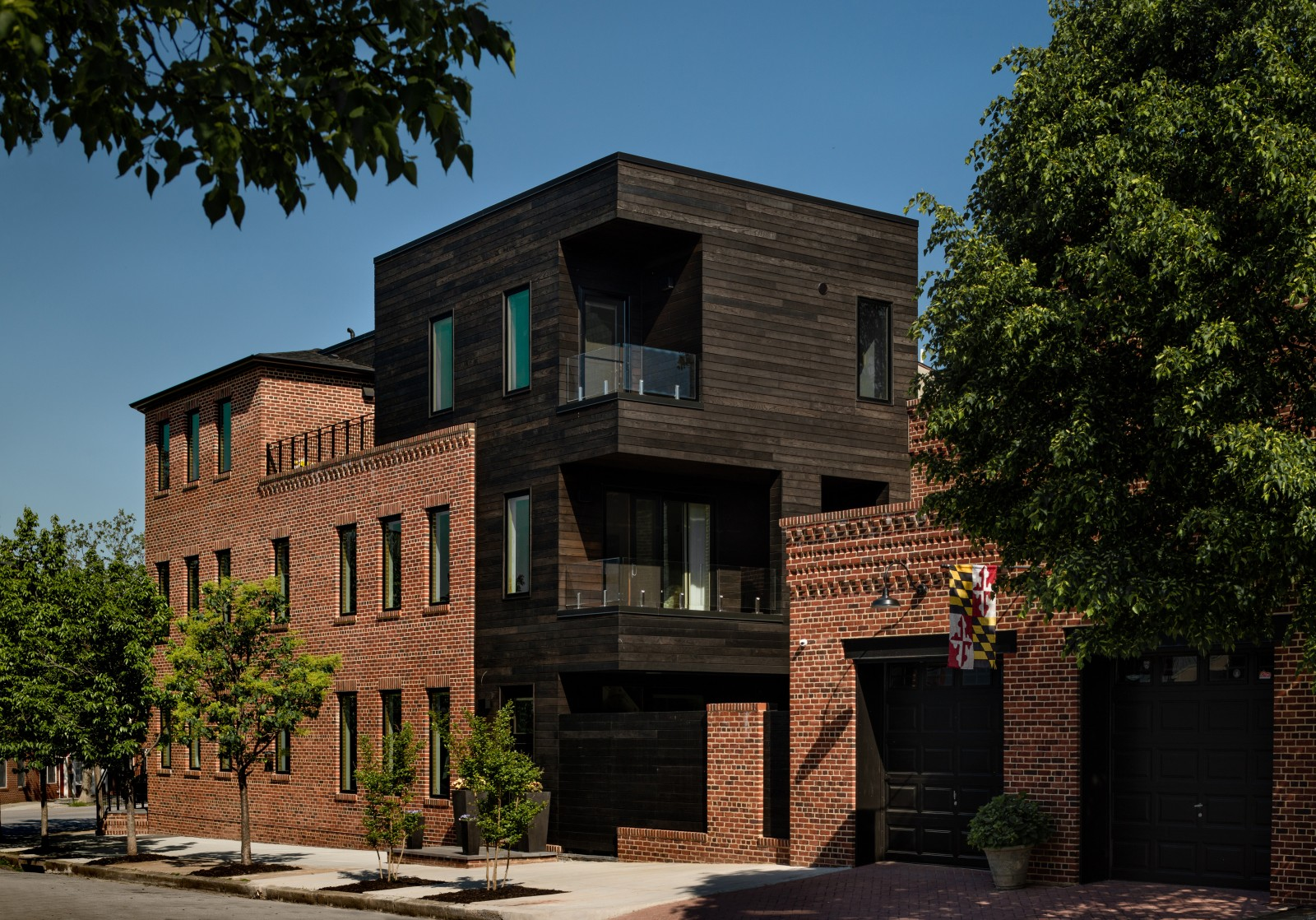taphouse_003_exterior-fit-1600_1200.jpg
