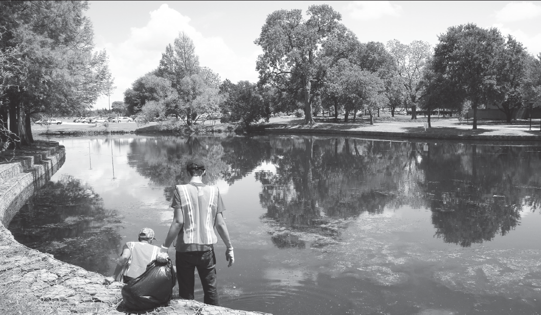 Lake cleanup is organized by the Student Green Team every semester. This fall, the event will be held on Saturday, Sept. 30.