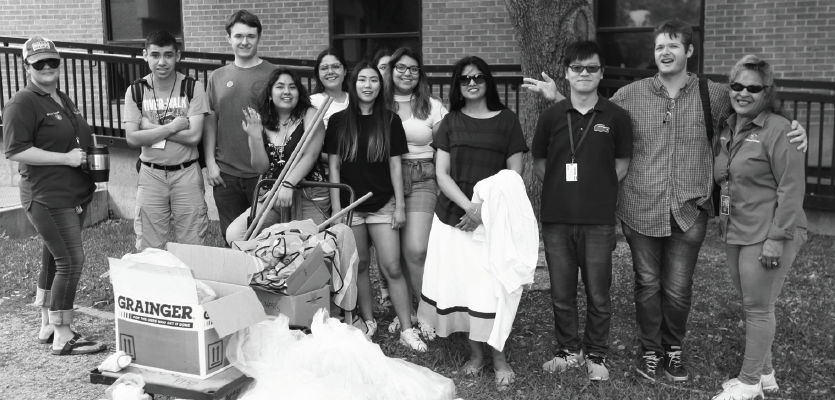 Students volunteer to clean up campus' enviroment during lake cleanup event on April 22.