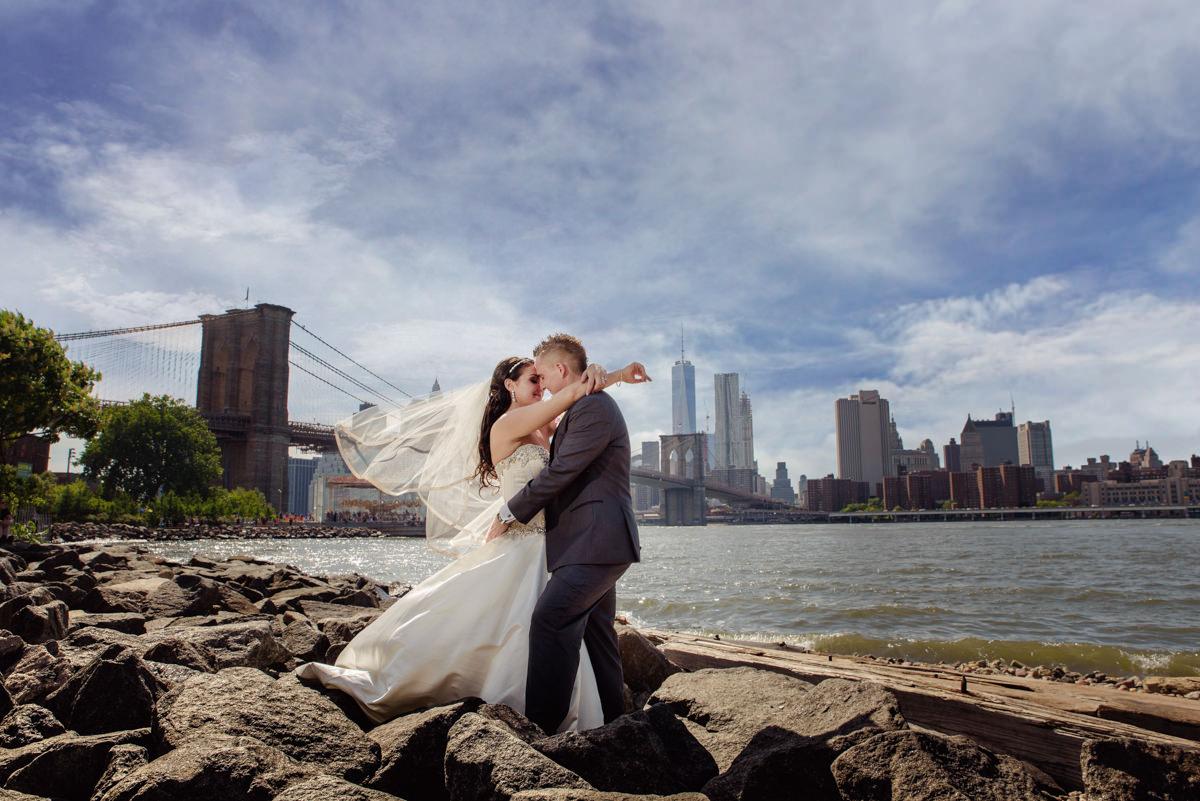 dumbo-brooklyn-new-york-wedding-n&s-9.jpg