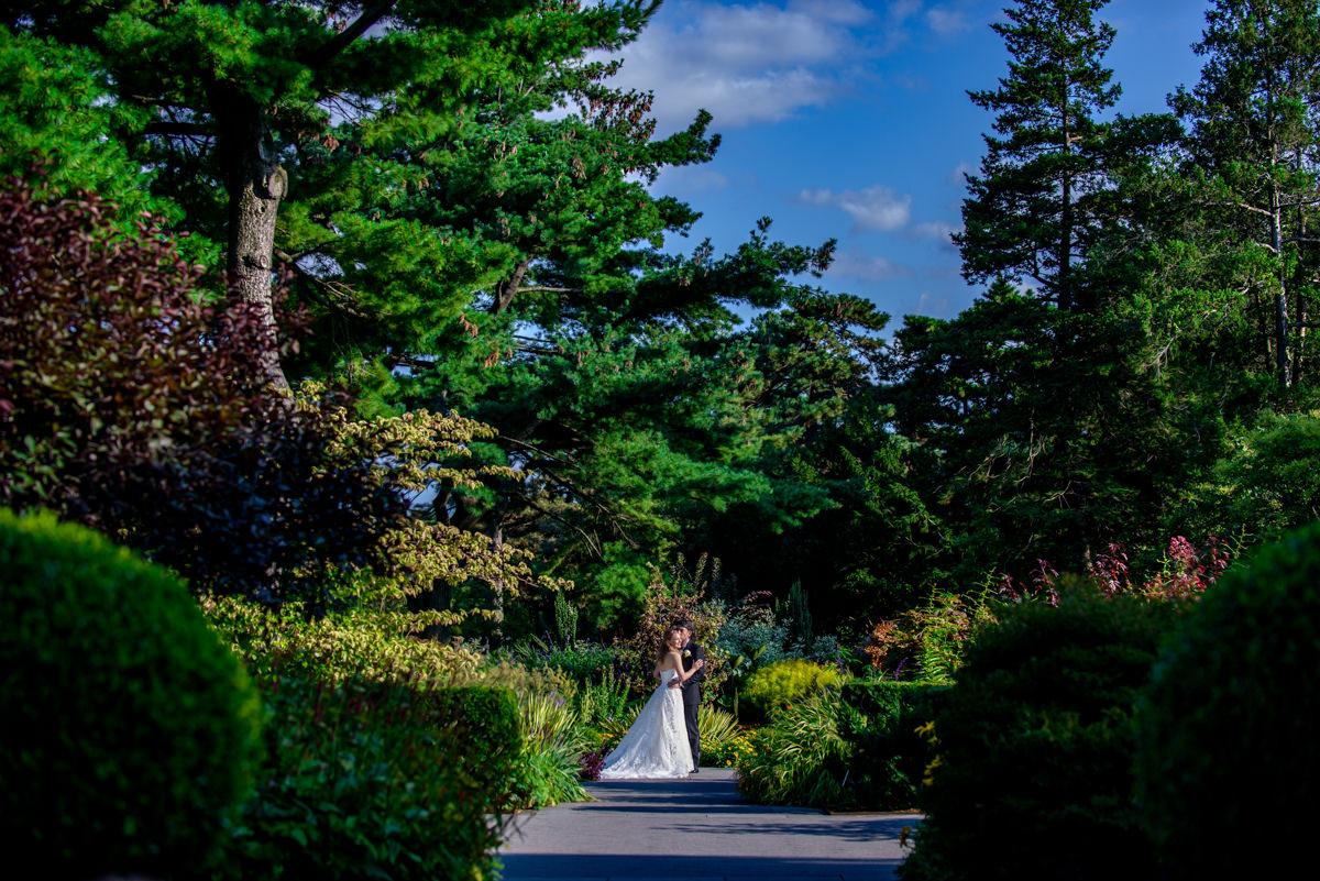 #0910-Caseley&Abhishek-NY-Botanical-Garden-Bronx-472-Edit.jpg