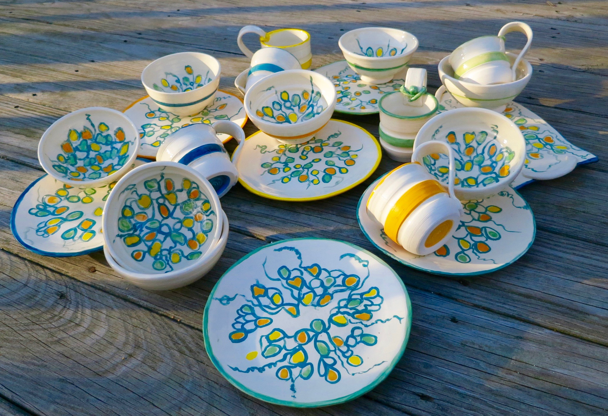 Commissioned set of %22Happy%22 dishes_2775.jpg