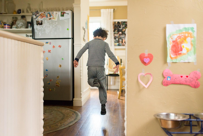 greensburg-family-lifestyle-photographer-playing-child