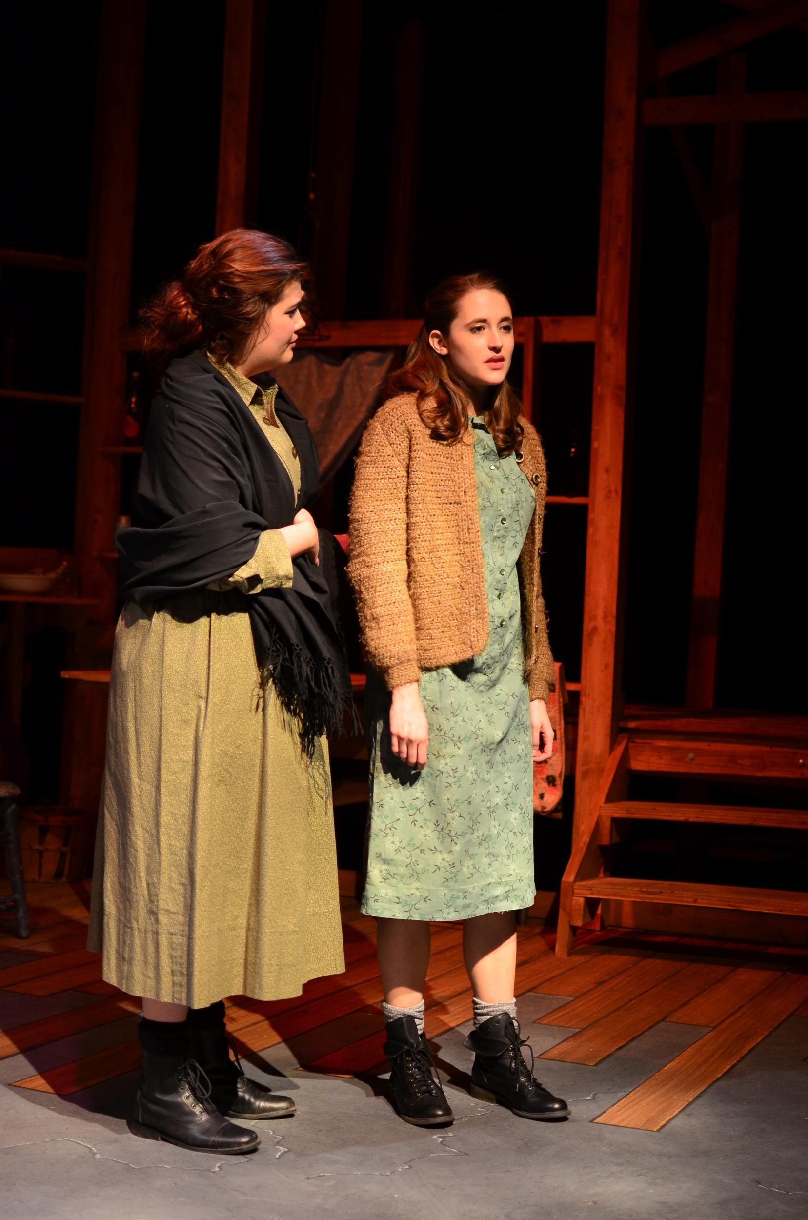 Mae ( Mary Bolt ) and Sary ( Lucie Ledbetter ).