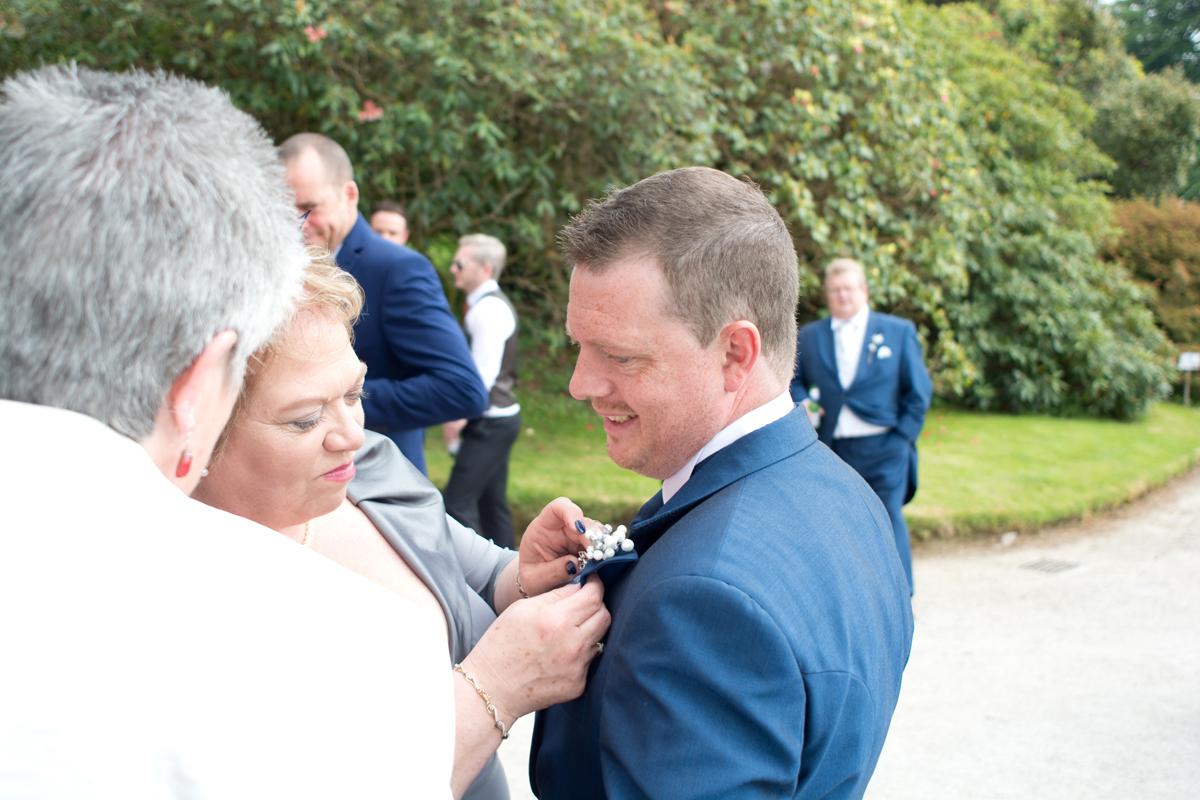 zoe and chris lukesland gardens ivybridge wedding  023.jpg