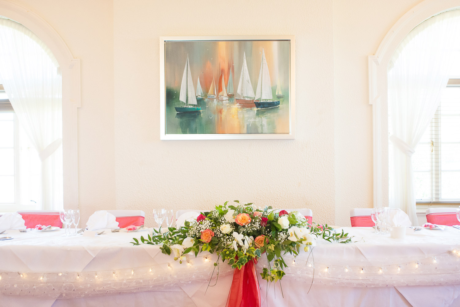 the tables, beautifully decorated at the headland hotel, torquay