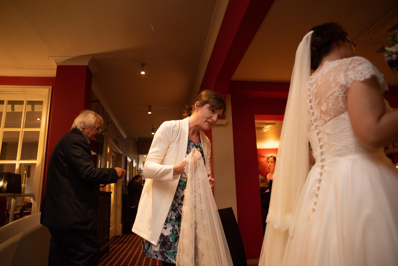 Belmont Hotel Wedding in Leicester 033.jpg