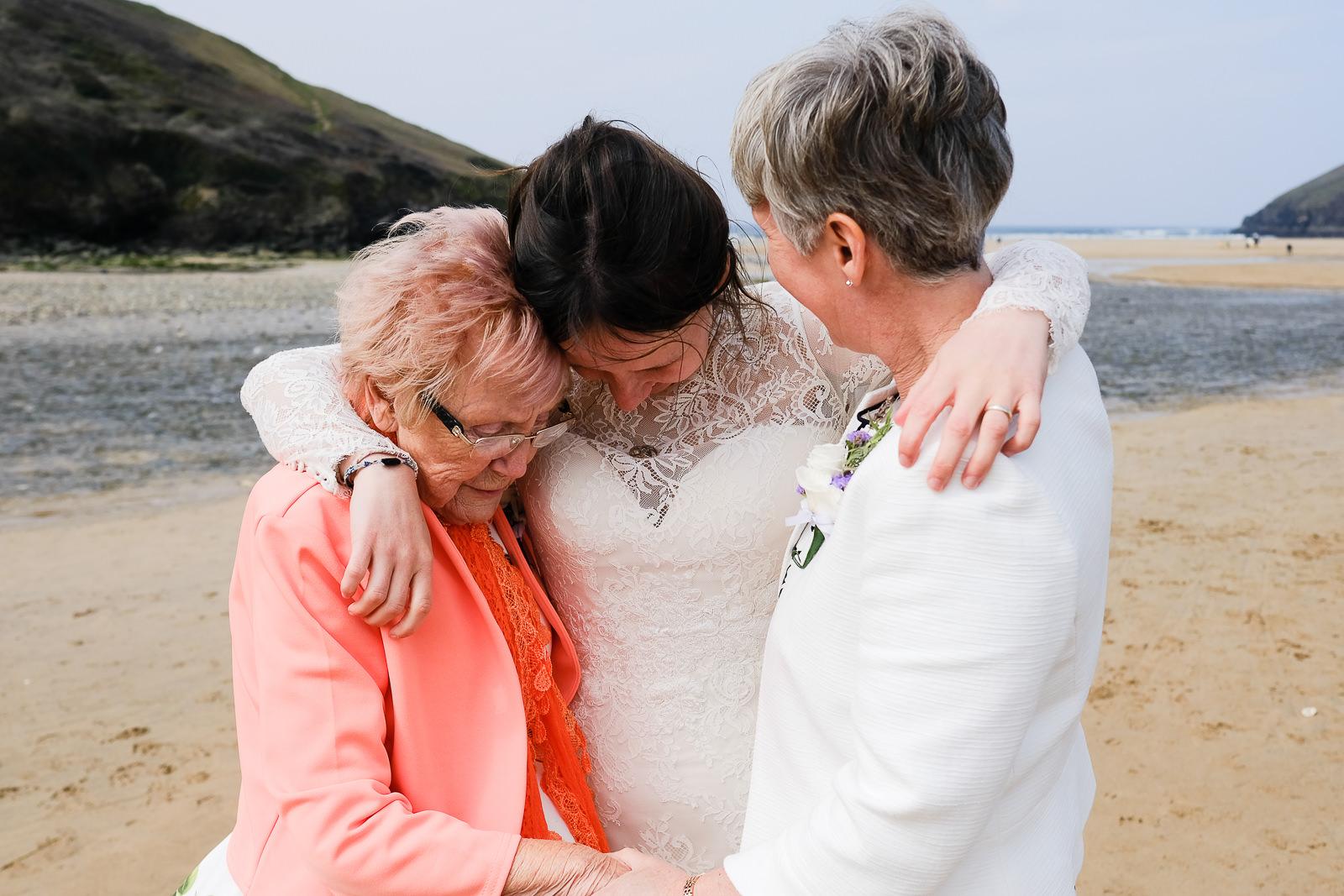 Retorrick Mill Newquay wedding 061.jpg