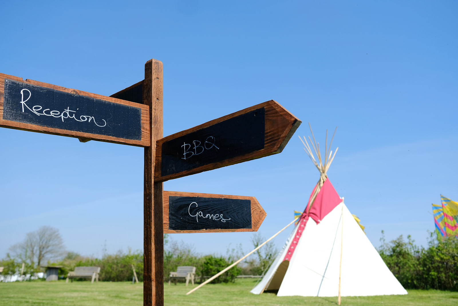cornish tipi wedding photography 019.jpg