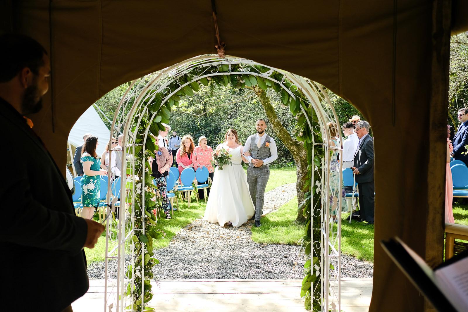 cornish tipi wedding photography 025.jpg
