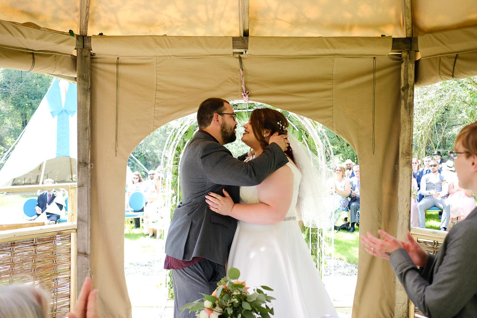 cornish tipi wedding photography 029.jpg