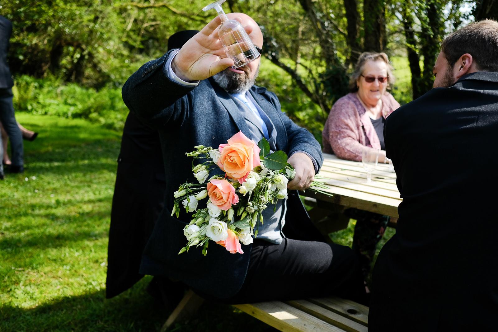 cornish tipi wedding photography 033.jpg