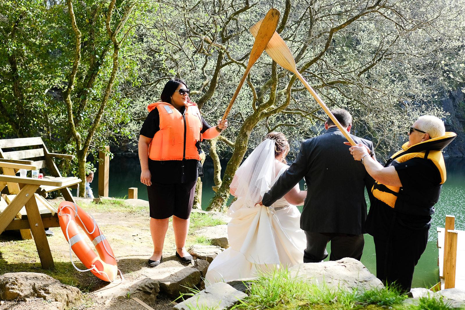 cornish tipi wedding photography 041.jpg