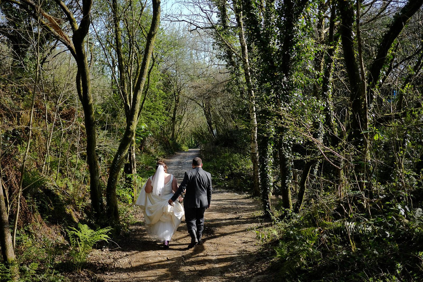 cornish tipi wedding photography 049.jpg